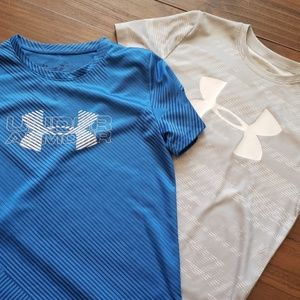 Youth medium Under Armour T-shirts